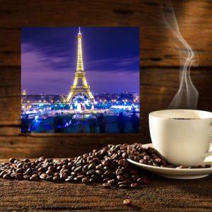 Kawa PAryż Nocą